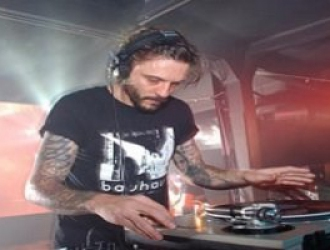 Oscar Mulero # Different Grooves on Air 009 # 12-03-2012